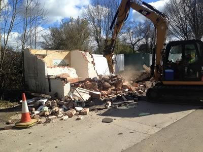 Demolishing the gatehouse in Corsham