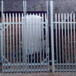 Security fencing with palisade mesh