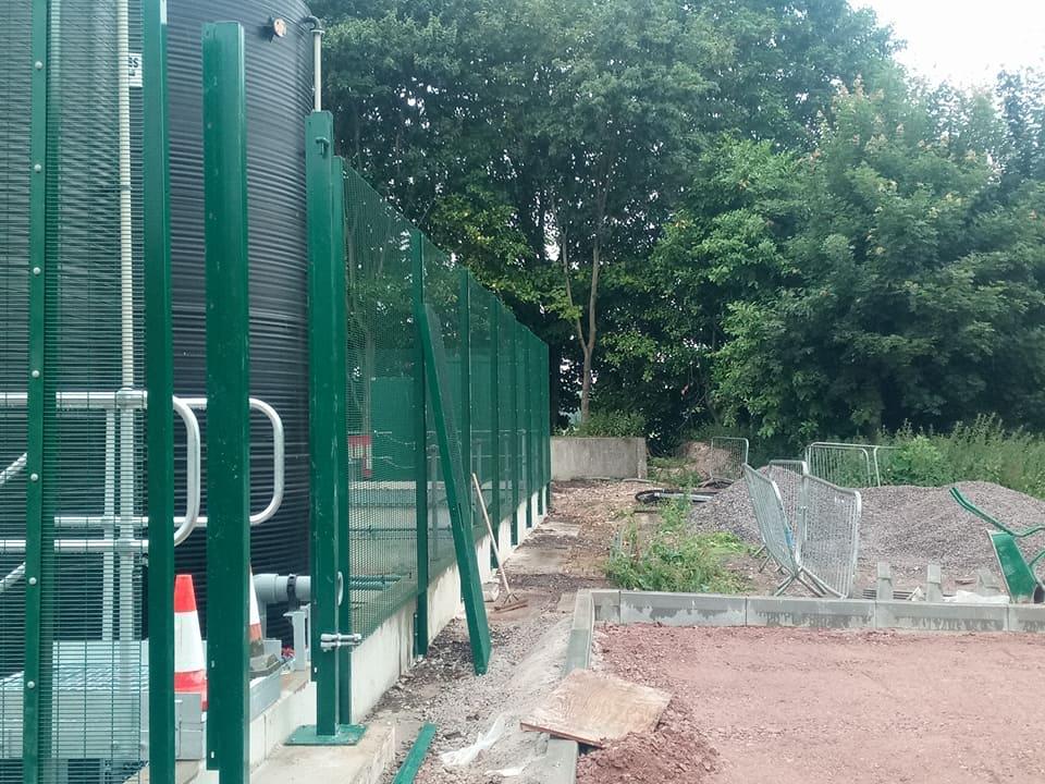 2 4 M High Security Fencing Blandford June 2017